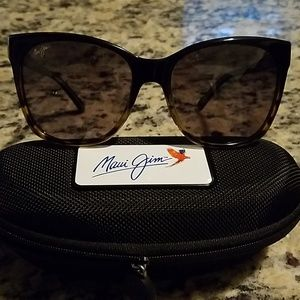 💥💥Brand New Maui Jim Alekona Sunglasses💥💥